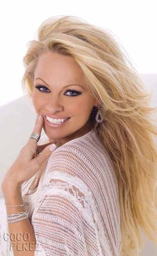 Pamela-anderson-for-palladium__oPt